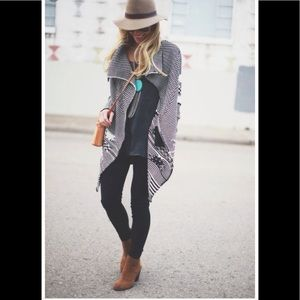 Beautiful black tunic boho style top.